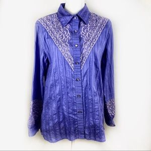 Embroidered Lavender long sleeve button down sz M
